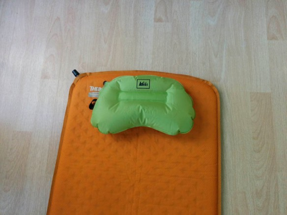 REI Flash Air Pillow, Prolite 3
