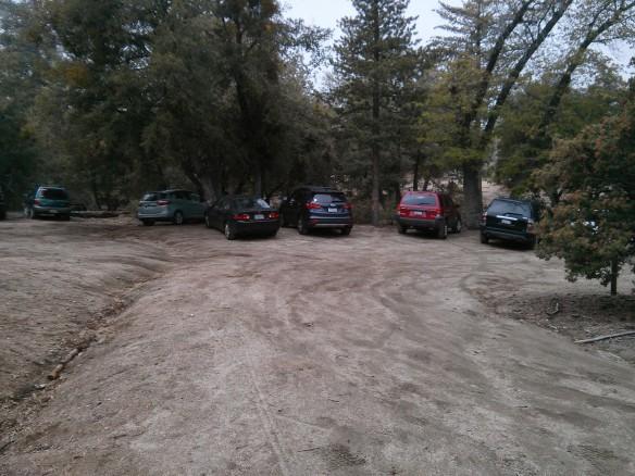Full parking lot at the Marion Peak trailhead